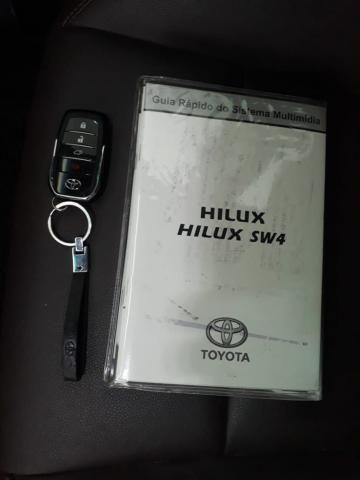 Hilux SW4 2.8 SRX - 05 lug. Diesel 2017/2017 - Foto 18