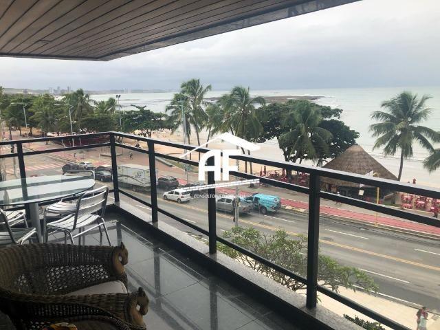 Apartamento com Vista para o mar - 300m² - 3 quartos todos suítes - Ótima localização - Foto 8
