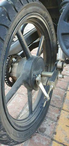 Vendo roda palitro traseira da yamaha ler anuncio todo - Foto 2