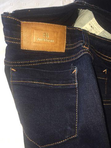 Jeans Tam 40 feminino seminova - Foto 3