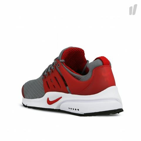 Nike Air Presto Essential Nº42