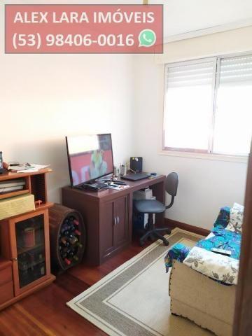 Apartamento para Venda em Pelotas, Centro, 3 dormitórios, 2 banheiros - Foto 11
