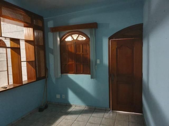 Casa semimobiliada - Pq 10 de Novembro - Foto 11