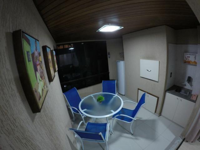 Lindo apartamento colado no mar de Meia Praia, 3 quartos - Foto 19