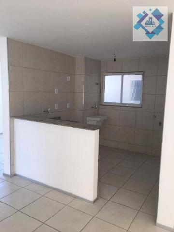 Apartamento com 3 dormitórios à venda, 60 m² por R$ 250.000 - Passaré - Fortaleza/CE
