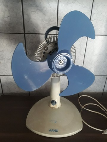 Ventilador Arno Versátile Modelo - FD 40 120 W