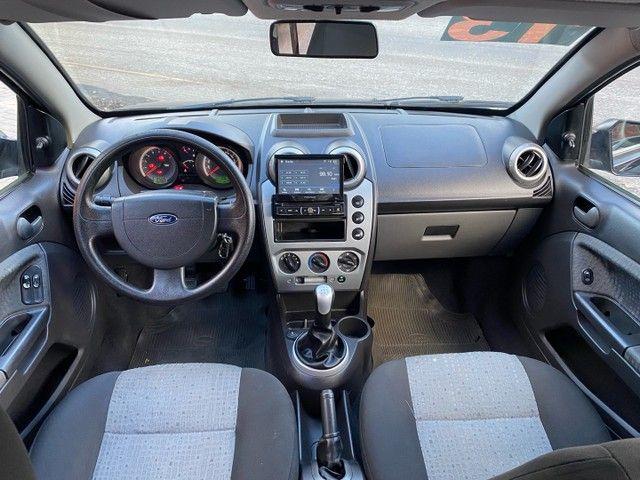 Ford Fiesta 1.6 sedan 2013  - Foto 7