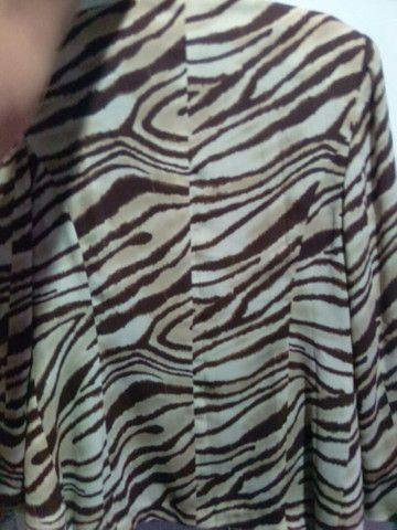"Blazer feminino Tam M ""Animal PRINT"". - Foto 3"