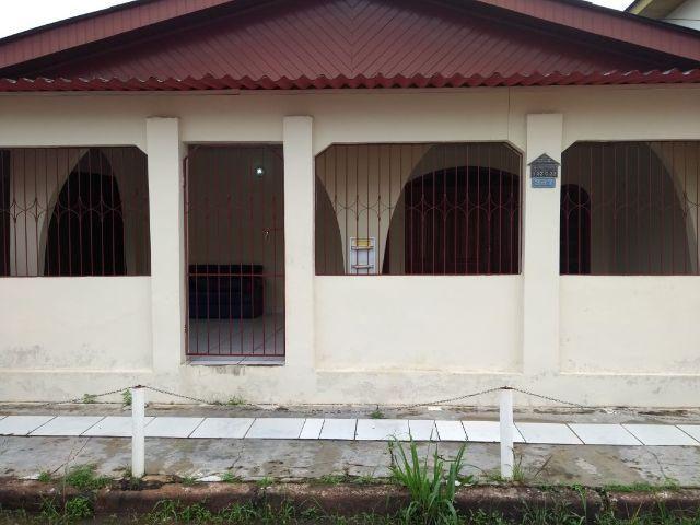 Casa no Conj. Universitário, 2 quartos