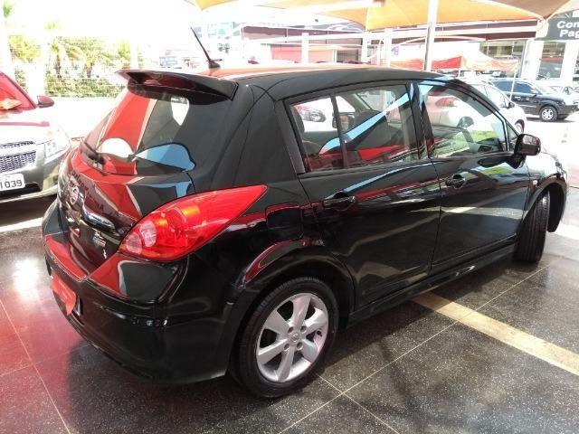 Nissan Tiida SL 1.8 2012/2013 Com Teto Solar Temos Golf Gol Palio Astra Polo Saveiro Civic - Foto 19