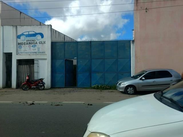 Alugo terreno com estrutura para oficina ou estacionamento de caminhões - Foto 5