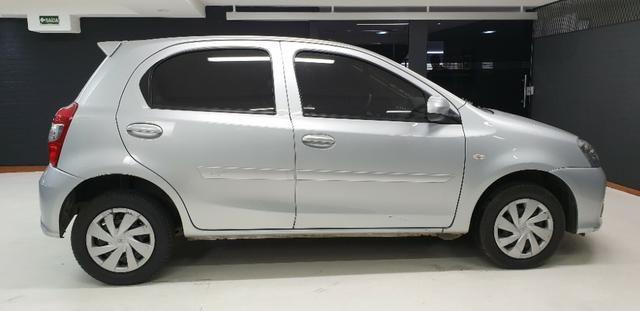 Toyota Etios HB X 2017/2018 - Foto 5