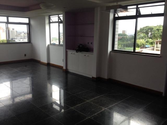 Excelente apartamento amplo com 4 quartos. Financia - Foto 8
