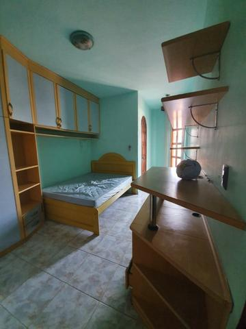 Casa semimobiliada - Pq 10 de Novembro - Foto 5