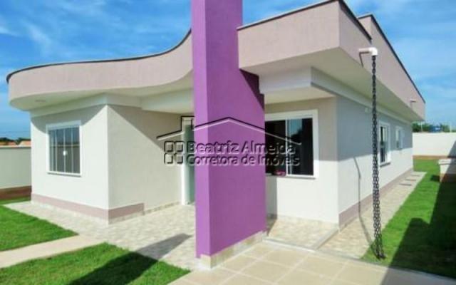 Casa moderna de 3 quartos, sendo 1 suíte, no Jardim Atlântico - Itaipuaçu