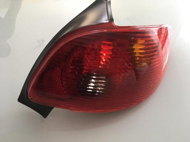 Sinaleira Traseira Peugeot 206 Valor muito abaixo pra vender logo! - Foto 3