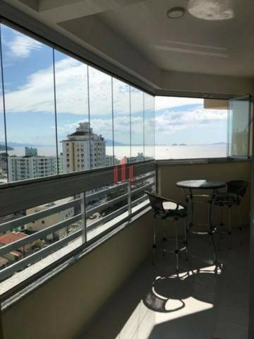 Apartamento em Barreiros/São José, 2 dormitórios - Foto 5