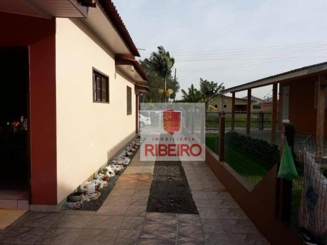 Casa com excelente localização no Centro de Balneário Arroio do Silva!! - Foto 2