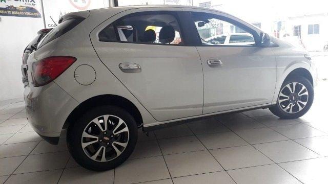 Chevrolet ONIX 1.4 LTZ entrada de 3.500,00 - Foto 8