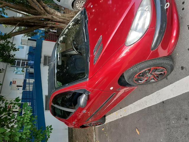 Vende-se carro - pegeout 206 - 04 portas -r$10.100 - Foto 2