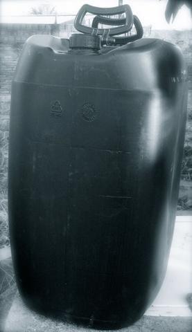 Bombonas Plasticas Usadas 50 litros 7 Reais - Foto 6