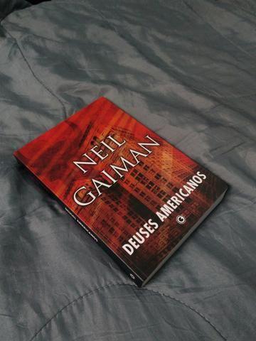 Livro Deuses Americanos (NOVO)