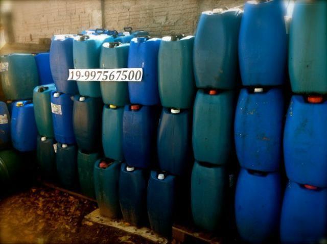 Bombonas Plasticas Usadas 50 litros 7 Reais - Foto 3