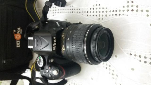 Nikon D5200 + bateria extra + cartão memória + bolsa + lente 18-55mm - Foto 2
