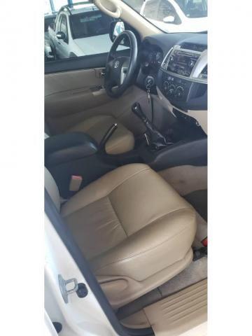 Toyota Hilux SW4 SW4 SR 2.7 3X2 COMP MEC 4P FLEX - Foto 5