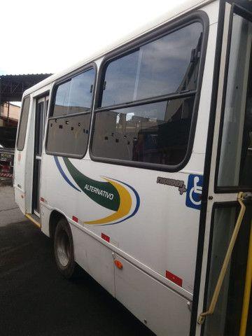 Microônibus Agrale ano 2010 - Foto 5