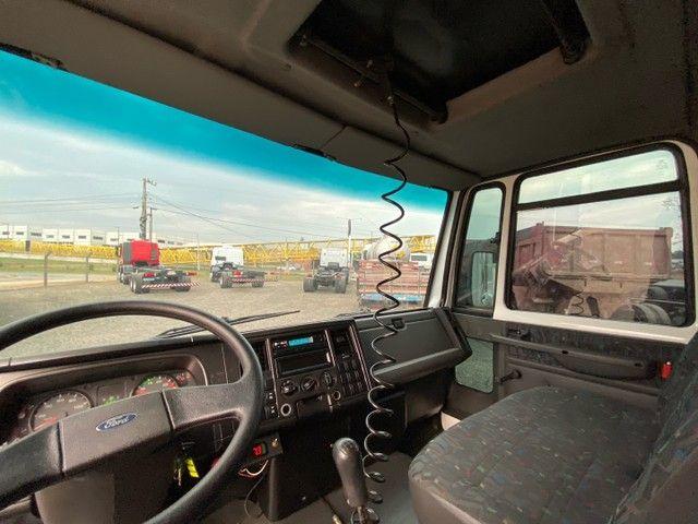 Ford Cargo 816 ano 2013 câmara fria - filé n accelo vw 3/4 8150 710 915 - Foto 8