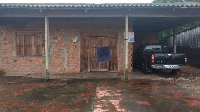 Casa muito bem localizada no Pacoval(96)98801-0821
