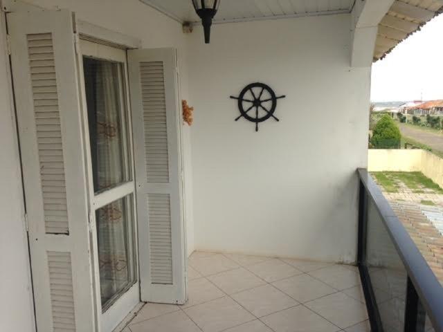 Vendo ou Troco casa em Cidreira à 150m do Mar - Foto 4
