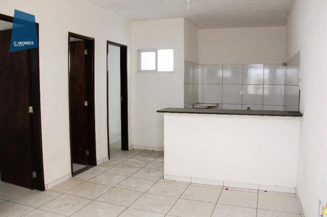 Apartamento 45m² para locação, 2 quartos, Lagoa Redonda, Fortaleza.