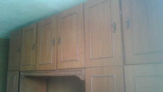 Roupeiro de madeira nobre, tipo cerejeira, em 2 módulos, desmontáveis - Foto 6