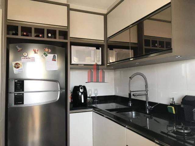 Apartamento em Barreiros/São José, 2 dormitórios