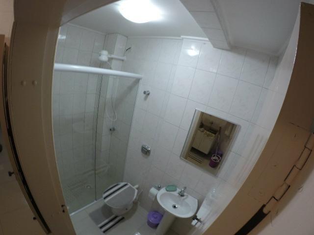 Lindo apartamento colado no mar de Meia Praia, 3 quartos - Foto 9