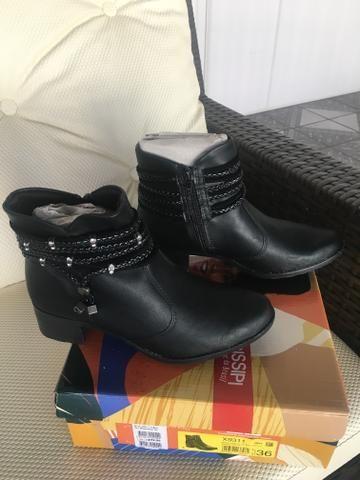 1c034a0703 Bota couro sintético 36 - Roupas e calçados - Candangolândia ...