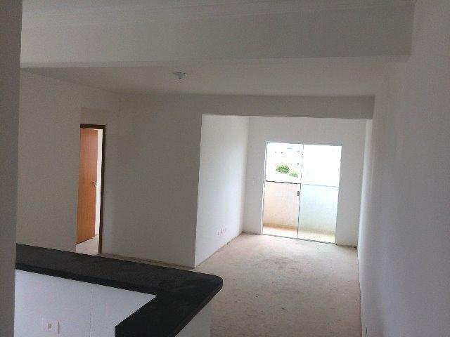 Apartamento no Vargem Grande, 03 quartos com 01 suíte e 02 vagas de garagem cobertas - Foto 4