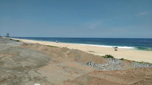 Ótimos terrenos financiados em Condomínio de frente à praia de Jaconé, Saquarema - Foto 3