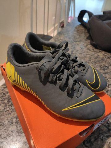 Chuteira Nike Mercurial N° 35 - Foto 2