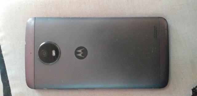 Vendo celular MOTO E4 Funcionando perfeitamente