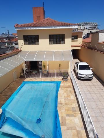 Troco casa com piscina - Foto 2