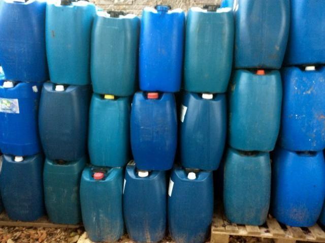 Bombonas Plasticas Usadas 50 litros 7 Reais - Foto 5