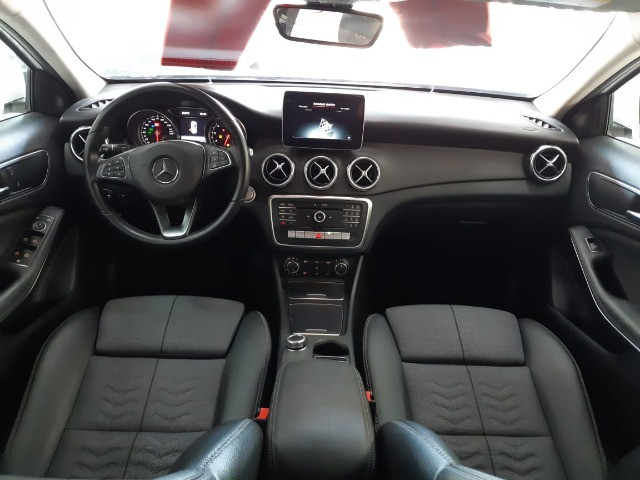 GLA 200 Style 1.6 2019 whats: *
