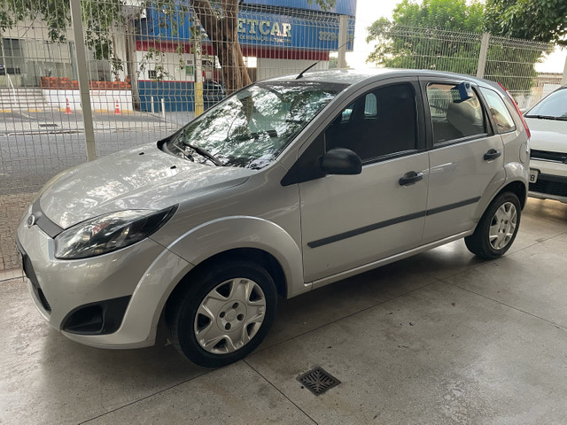 Ford Fiesta hatch 1.0 completo 12/12
