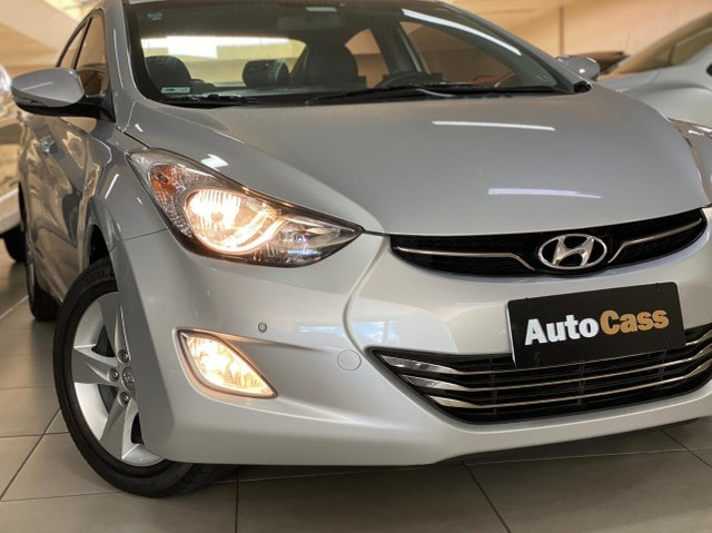 Hyundai Elantra 2.0! GLS! Top! Impecável! Até 100 % financiado - Foto 2