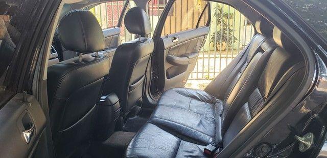 Honda Accord V6 vtec completo teto couro. Nave. Pego menor valor  - Foto 9