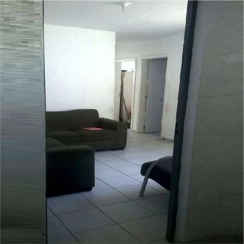 Apartamento Residencial em Condomínio com 02 Quartos e Vaga em Estacionamento