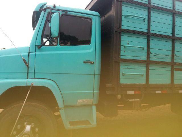 Caminhão Boiadeiro MB 1218 Truk